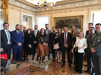 Visita de delegação brasileira do complexo de ensino Renato Saraiva